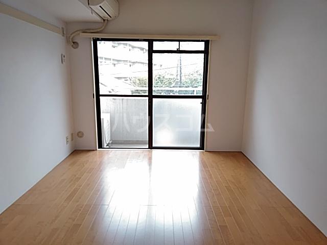 グラン・パレ西綾瀬 306号室のベッドルーム