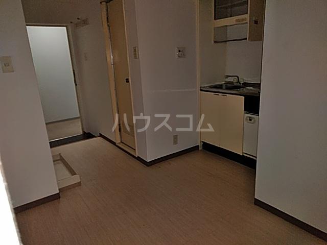 グラン・パレ西綾瀬 306号室の居室