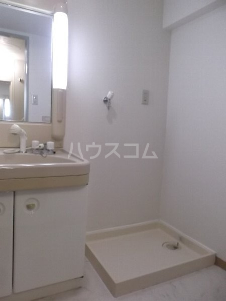 K-2レジデンス 501号室の洗面所
