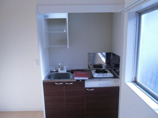 横山町apartment 203号室のキッチン