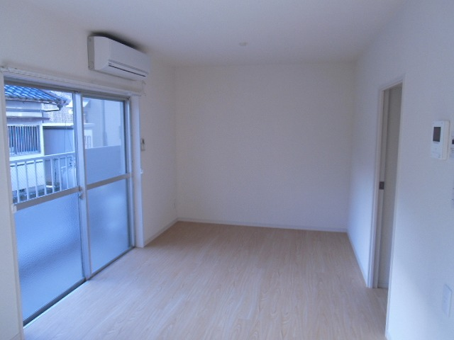 横山町apartment 203号室の居室