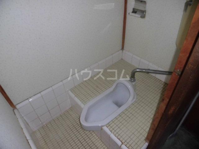 五月荘 102号室のトイレ