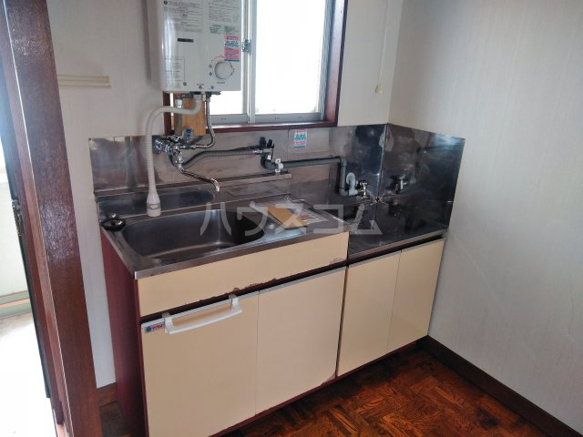 いづみ荘 202号室のキッチン