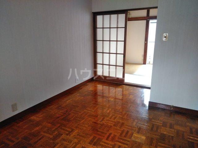 いづみ荘 202号室のリビング