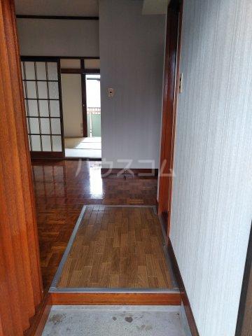いづみ荘 202号室の玄関