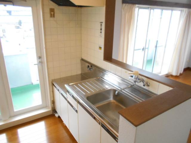 シュヴレット 203号室のキッチン