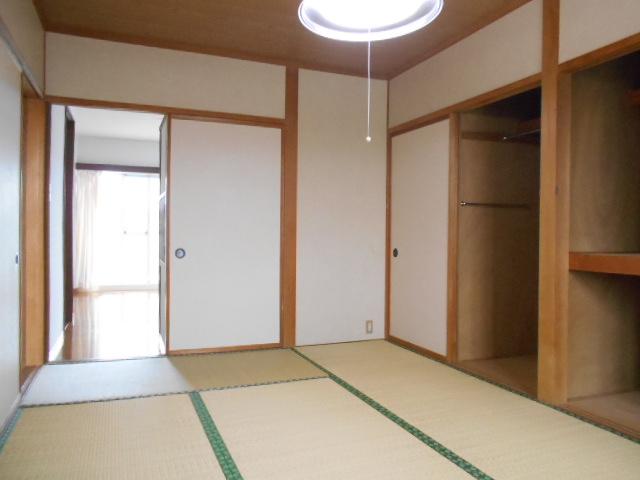シュヴレット 203号室の居室