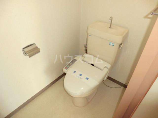 山星マンション 601号室のトイレ