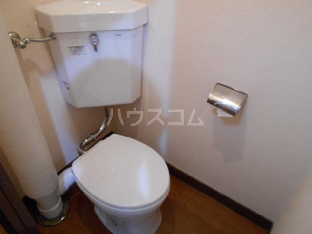 高関コーポ 305号室のトイレ