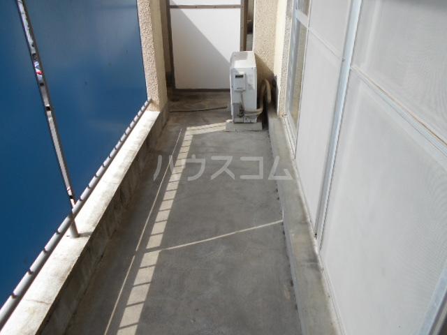 高関コーポ 305号室のバルコニー