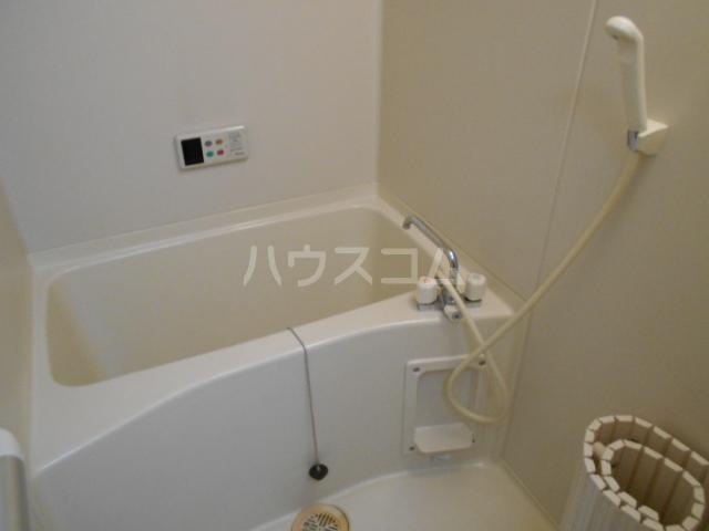 高関コーポ 305号室の風呂