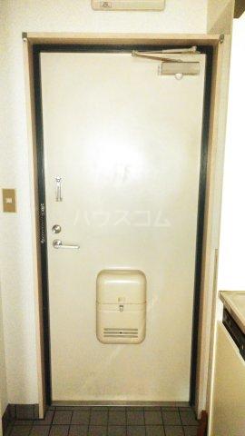 アーバニーハイム柴崎 202号室の玄関