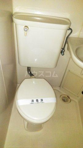 アーバニーハイム柴崎 202号室のトイレ