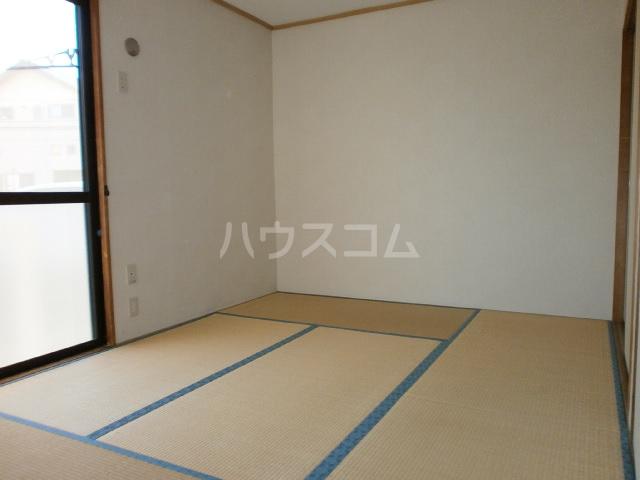 セジュールシマダ 201号室の