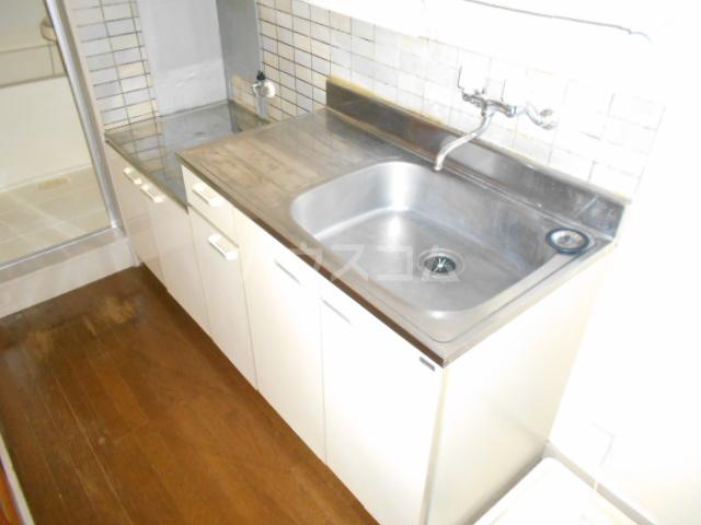 セブンハイツ 702号室のキッチン