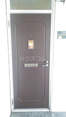 ハイツ理歩B 202号室のエントランス