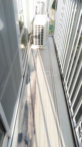 ハイツ理歩B 202号室のバルコニー