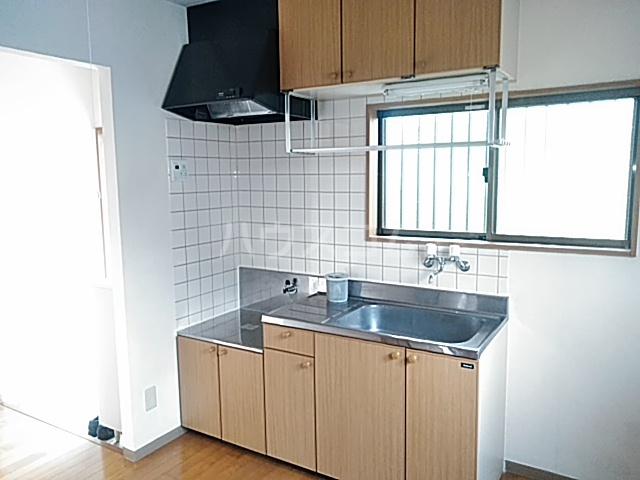 アメージングエステートA 101号室のキッチン