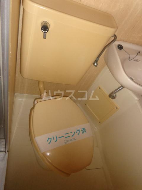 ベルフォーレ 401号室のトイレ
