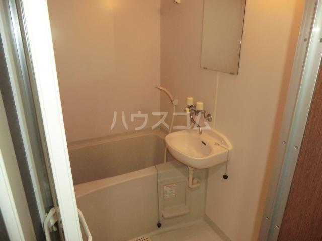 マインプラッツⅠ 212号室の風呂
