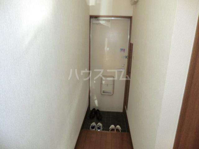 マインプラッツⅠ 212号室の玄関