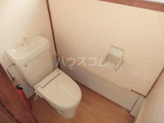 相川一戸建のトイレ