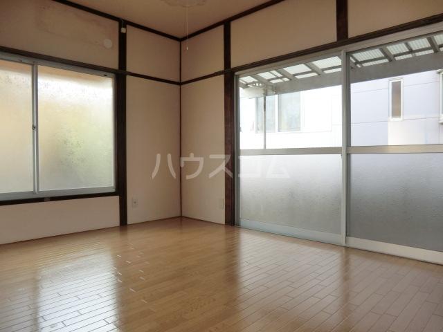 相川一戸建の居室