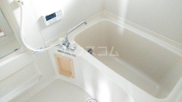 サンベリーA 201号室の風呂