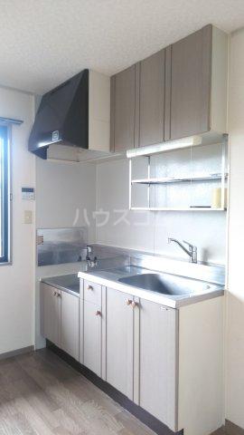 サンベリーA 201号室のキッチン