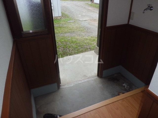 飯野戸建の玄関