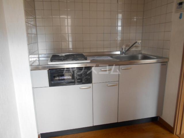 コーポミルクール 202号室のキッチン