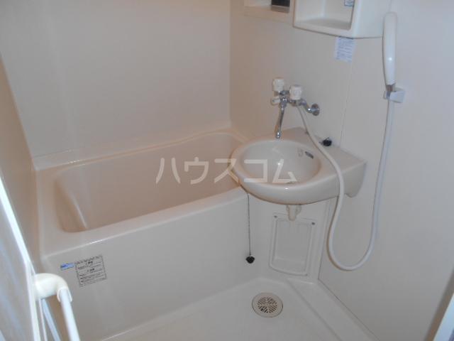 コーポミルクール 202号室の風呂