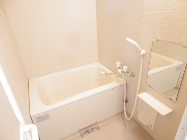 ラ・ディファンス・ミキ 208号室の風呂