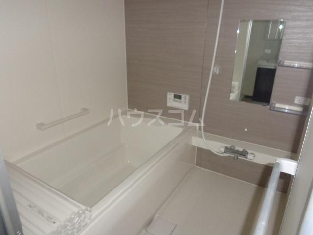グランⅢ 402号室の風呂