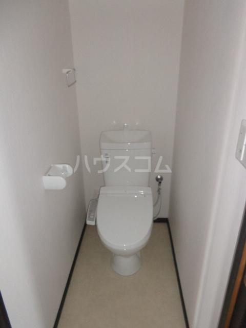 グランⅢ 402号室のトイレ