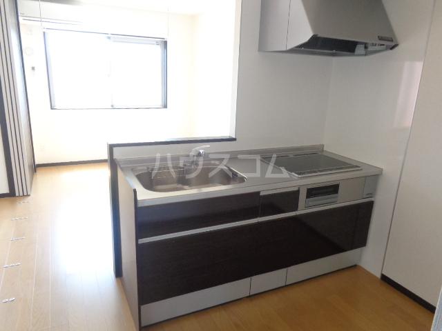 グランⅢ 402号室のキッチン