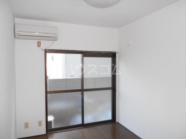 KHハイツ 103号室の居室