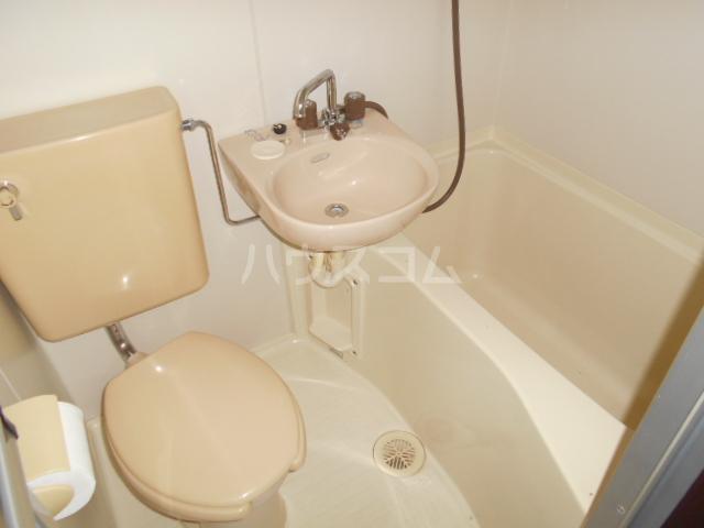 KHハイツ 103号室の洗面所