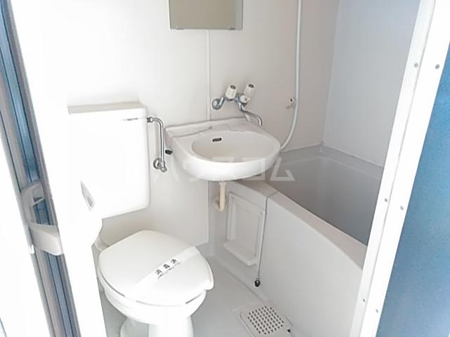 アーバニーハイム上之手 203号室のトイレ