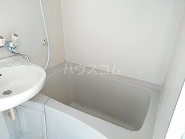 アーバニーハイム上之手 203号室の風呂