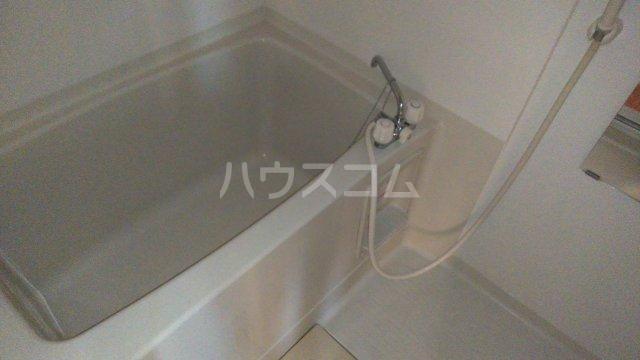 ファミールⅠ 101号室の風呂