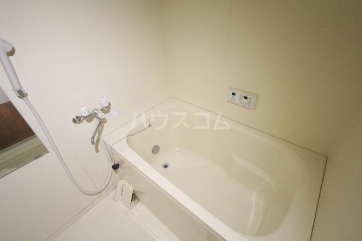 アンジェロ 202号室の風呂