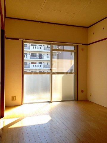 コーポ栄 202号室のリビング