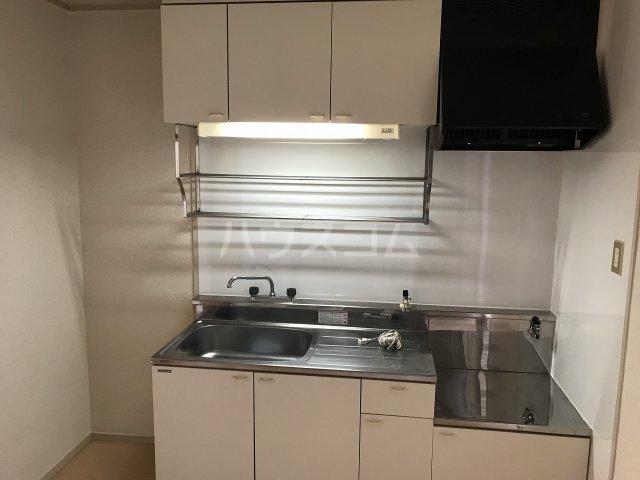 コーポ栄 306号室のキッチン