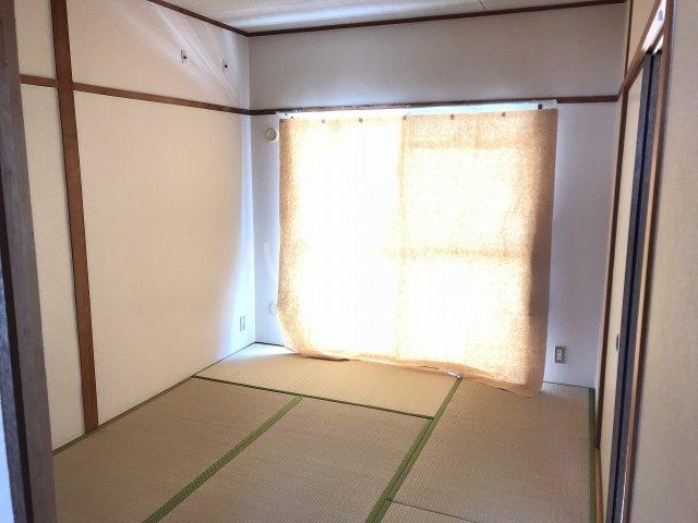 コーポ栄 306号室の居室