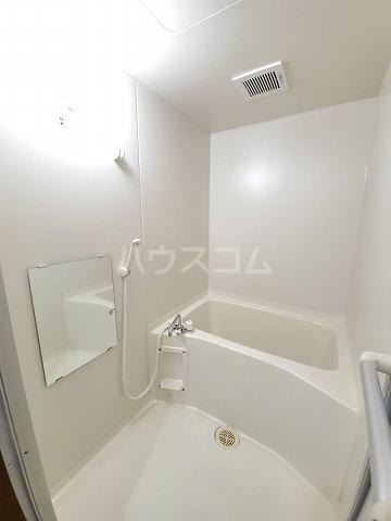 スカイパレス山之手 201号室の風呂