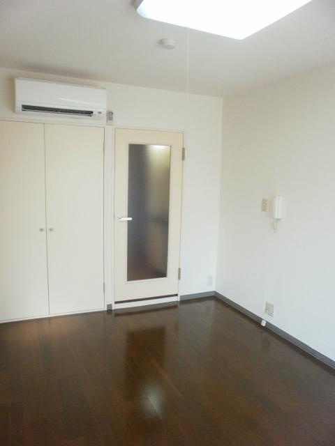 RX豊田 401号室のリビング
