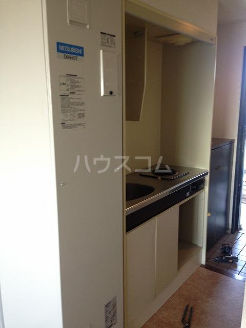 エスプラネード 303号室のキッチン