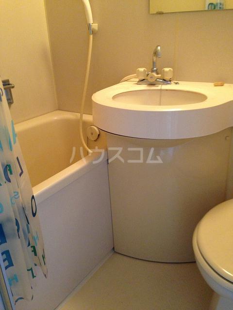 エスプラネード 303号室の風呂