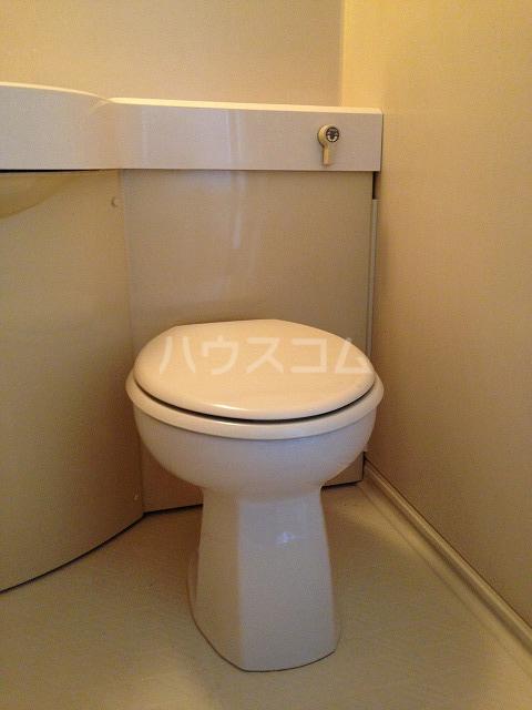エスプラネード 303号室のトイレ